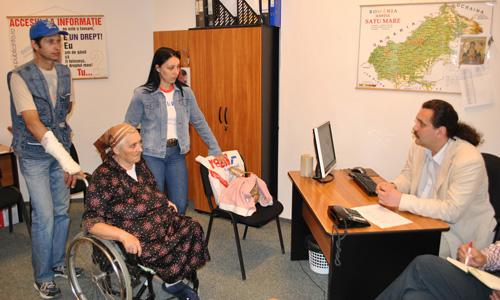 Cuvânt cheie: femeie cu handicap