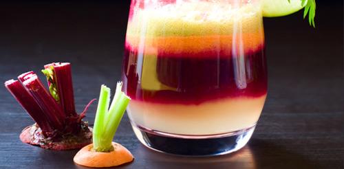 Suc-de-morcovi-si-sfecla-rosie