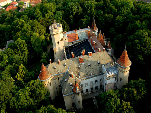 castelul-karoly