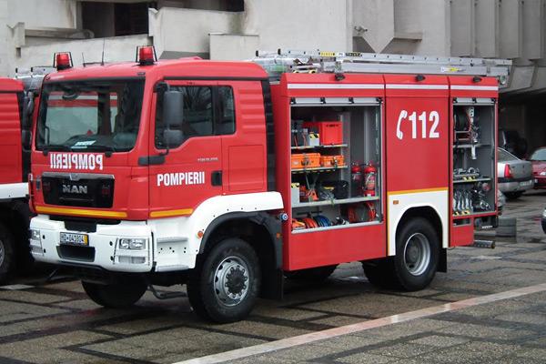 [Imagine: masini-pompieri2.jpg]
