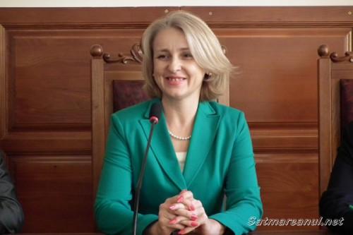 Rodica-Grosos-Maxim