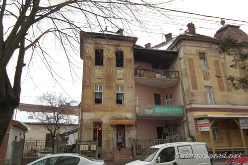 [Imagine: apartament-ars.jpg]