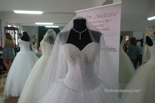 targ-nunti-negrestioas16