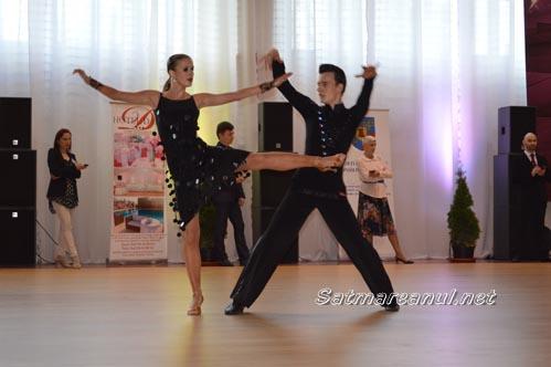 dansatori16