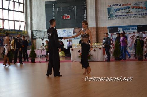 dansatori3