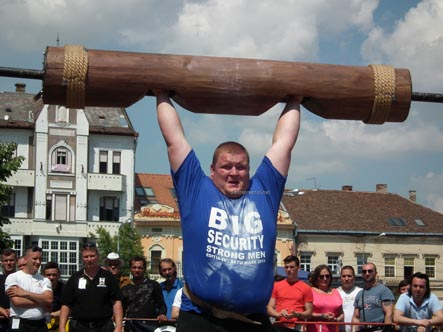 strong man9