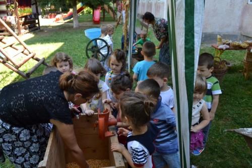 din copilaria bunicilor (4)