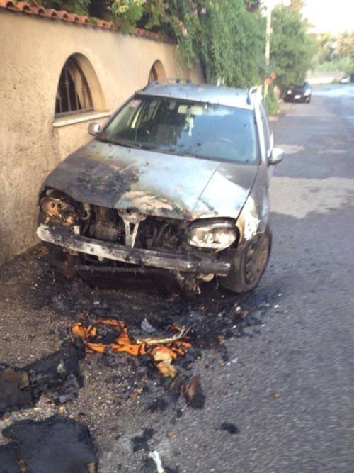 masini incendiate3
