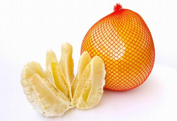 Pomelo, un fruct bogat în minerale și vitamine