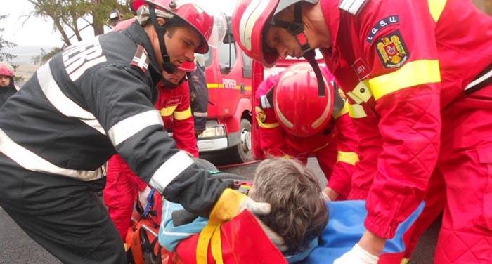 Accident cu trei răniți în localitatea Doba