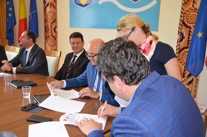 foto 1 semnare protocol sustinere BM