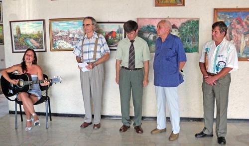 Dublă expoziţie de pictură la Consiliul Judeţean