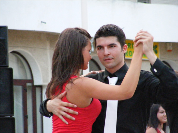 Show marca Loga Dance Club la Satu Mare