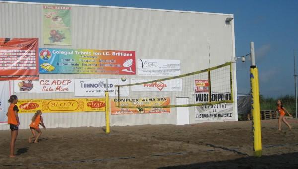 """Peste 20 de echipe naţionale la """" Beach Volley Satu Mare 2010"""""""