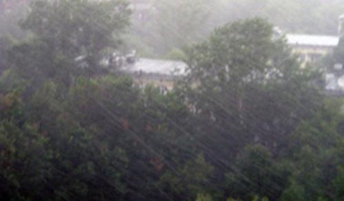 Avertizări de ploi torenţiale, vijelii şi inundaţii peste judeţ