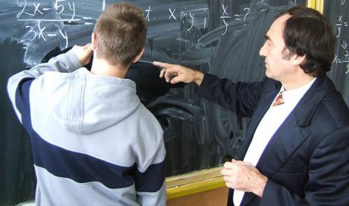 S-au afişat rezultatele la concursul pentru ocuparea catedrelor didactice din judeţul Satu Mare