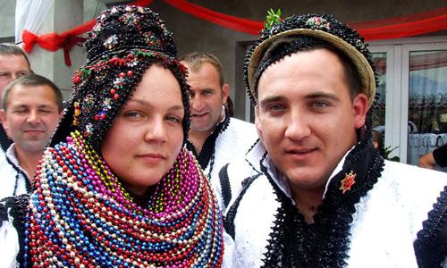Geoană şi Paşcu nuntaşi la Racşa