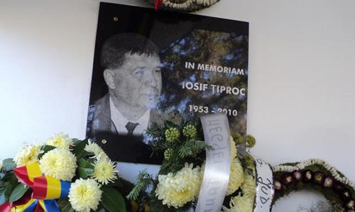 In memoriam Iosif Ţiproc