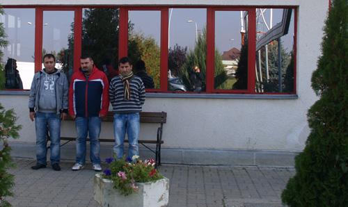 3 turci au încercat să iasă ilegal din România (film captură)