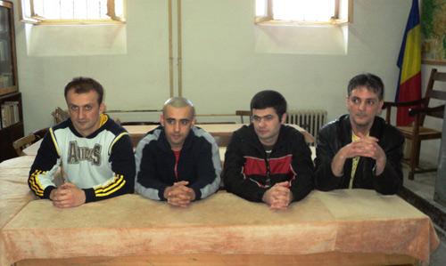 Deţinuţii sătmăreni aplaudaţi pe scena teatrului Nottara