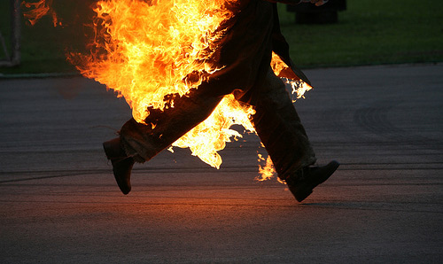 Un bărbat din Sătmărel şi-a dat foc