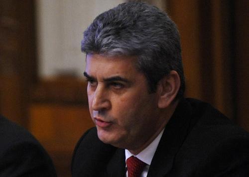 """Ministrul Gabriel Oprea vine iar la Satu Mare, dar nu cu aerotaxiul MApN"""""""