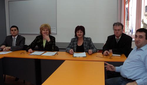 """Proiectul """"Tineri împotriva violenţei"""" demarează şi la Satu Mare"""