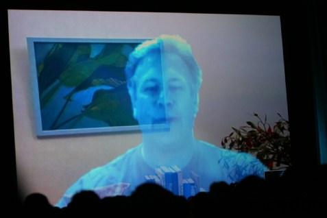 Peste cinci ani vom purta conversaţii prin holograme