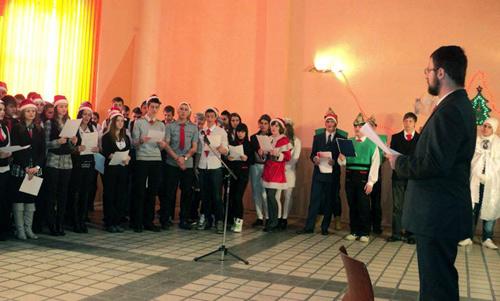 Serbare de Crăciun multilingvă la Ion I.C. Brătianu