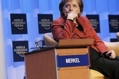 Nemţii iau în calcul renunţarea la moneda unică