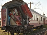 Doi deştepţi în două trenuri