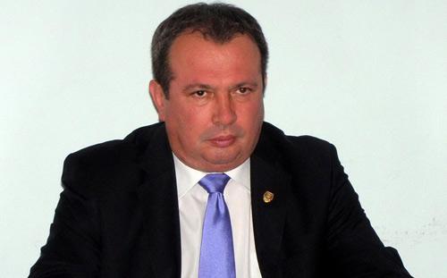Senatorul Valer Marian cere demisia ministrului Igaş