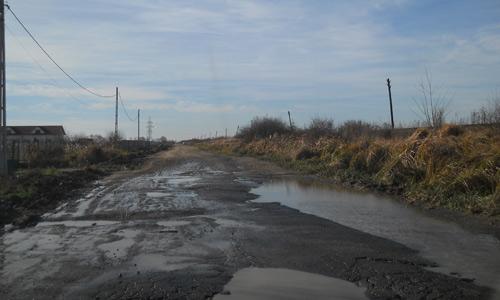 Drumul spre Sătmărel, reparat până-n toamnă, cu plata în rate