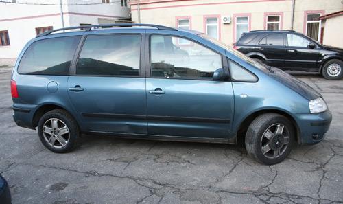 Autovehicul furat din Italia depistat la intrarea în ţară