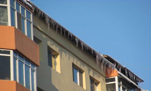 Ţurţurii de gheaţă, un pericol ignorat