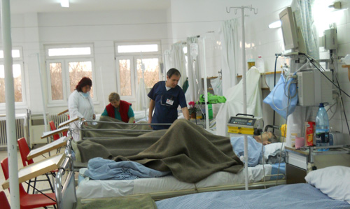 Reanimare cu doar şase medici