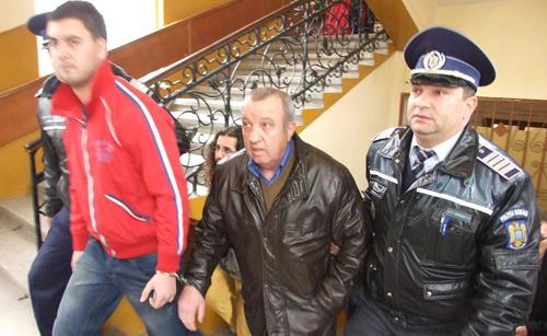 """Patronii de la """"Casablanca"""" şi """"Aramia"""" au fost arestaţi"""