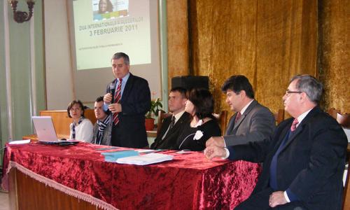 """Lecţie de democraţie la Colegiul """"Mihai Eminescu"""""""