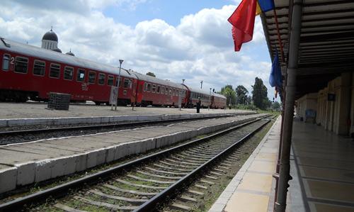 La turci se poate ajunge şi cu trenul