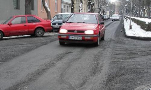 Construcţii Drumuri se spovedeşte şi se pocăieşte