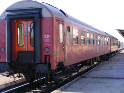 Se reintroduc trenurile pentru elevi