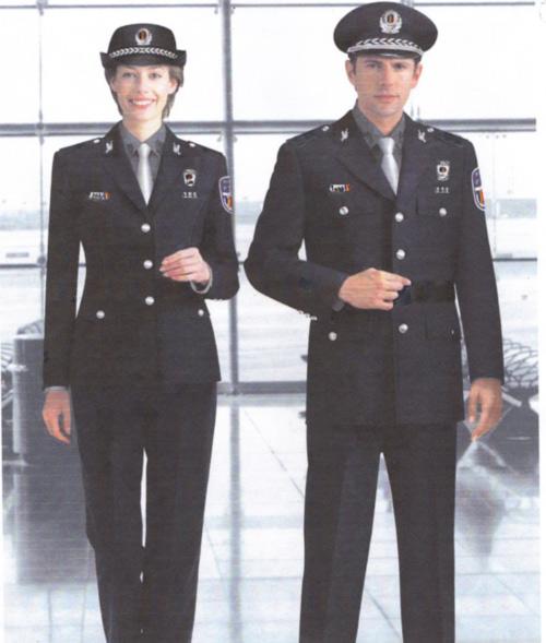 Noua uniformă a poliţiştilor locali va fi prezentată la Satu Mare în 11 martie