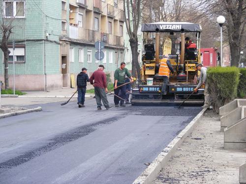 """Iuliu Ilyes: """"Popa ne-a băgat pe linie moartă""""!"""