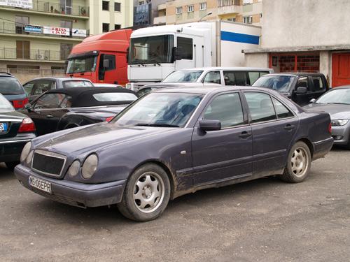 Maşină furată din Italia