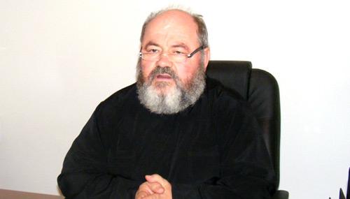 Preoţii ortodocşi nu au voie să oficieze servicii funerare în cimitirele private