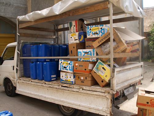 2.000 litri de alcool în două maşini
