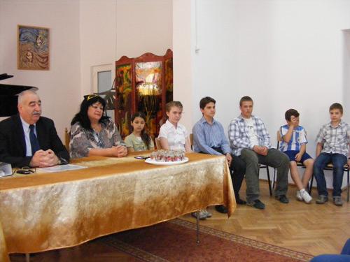 """Zeci de premii pentru elevii Liceului de Artă """"Aurel Popp"""" în anul şcolar 2010-2011"""