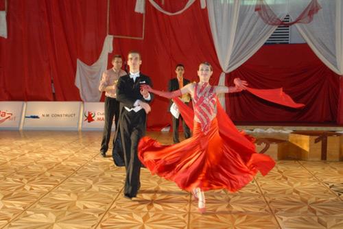 Regal de dans la Satu Mare