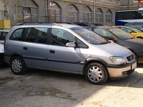 Mașină furată din Suedia oprită la frontieră