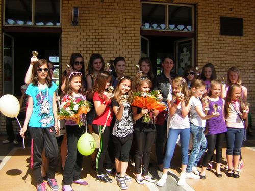 """""""Stil"""" și """"Stil Junior"""" de la Palatul Copiilor, premiați la concursul național de dans modern"""